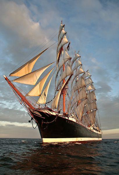 世界最大古帆船「謝多夫」號2月22日首抵香港!